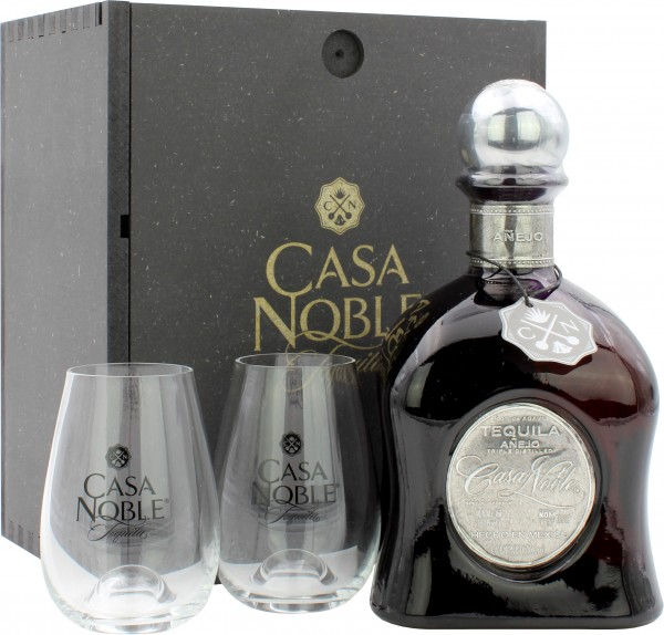 Casa Noble Tequila Anejo in Holzbox